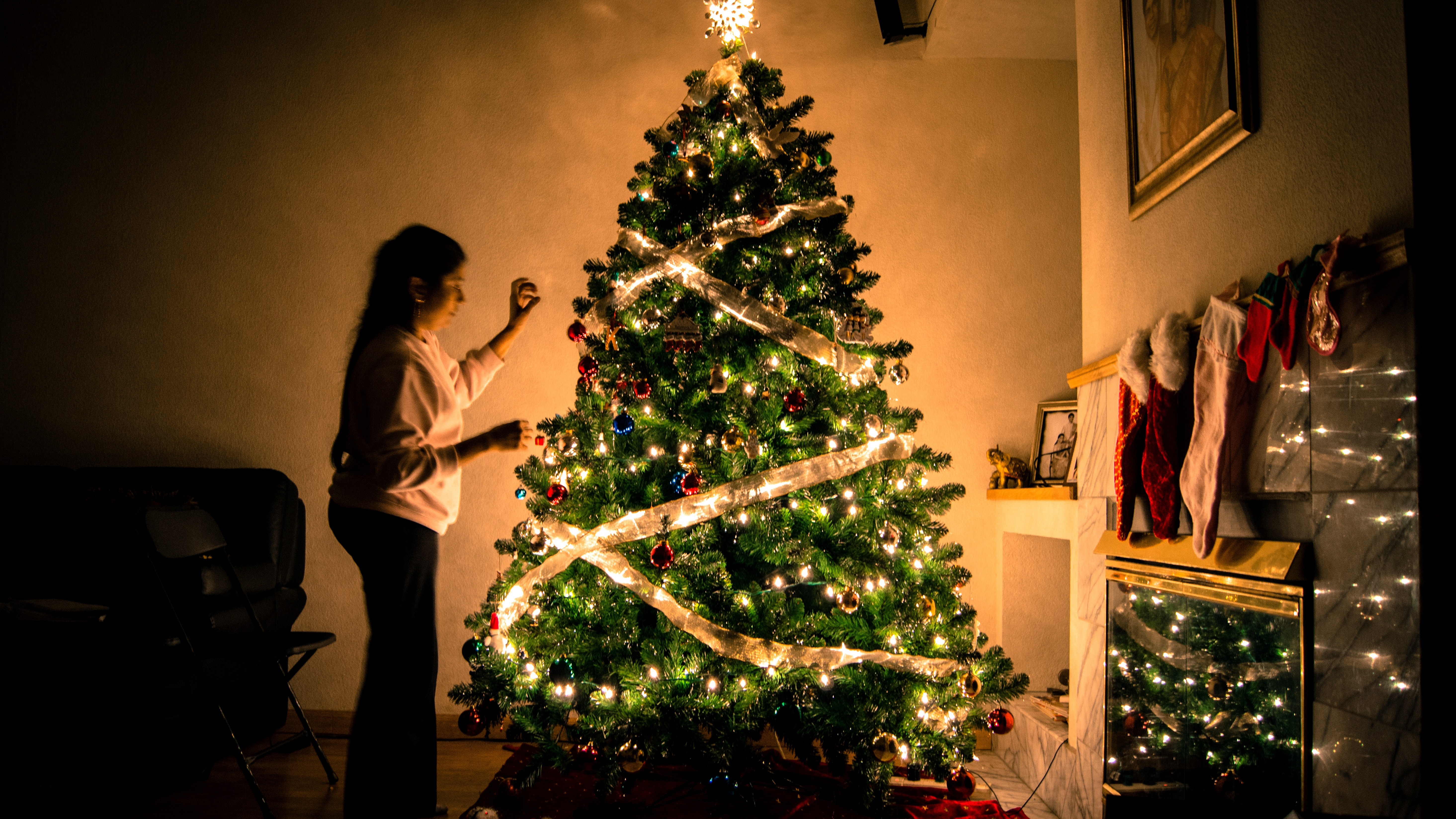 How to Make it a Meaningful and Memorable Christmas For You and Your Kids